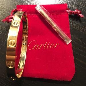 NEW CARTIER LOVE BRACELET GOLD